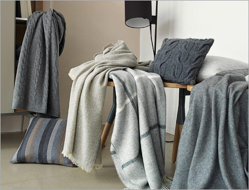 schlaf wohnaccessoires bei betten meyer. Black Bedroom Furniture Sets. Home Design Ideas